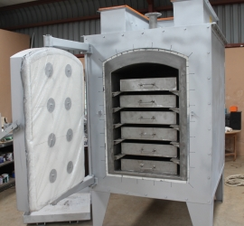Calcine furnace trays